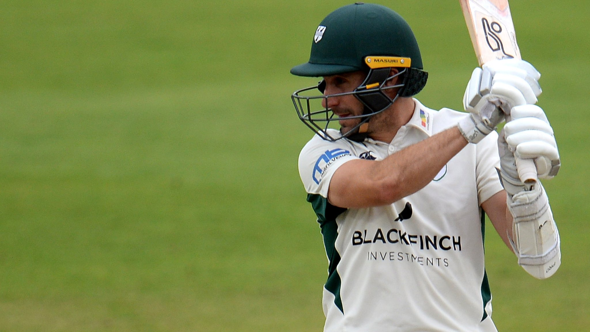 County Championship: Daryl Mitchell holds up Lancashire with ton for Worcestershire