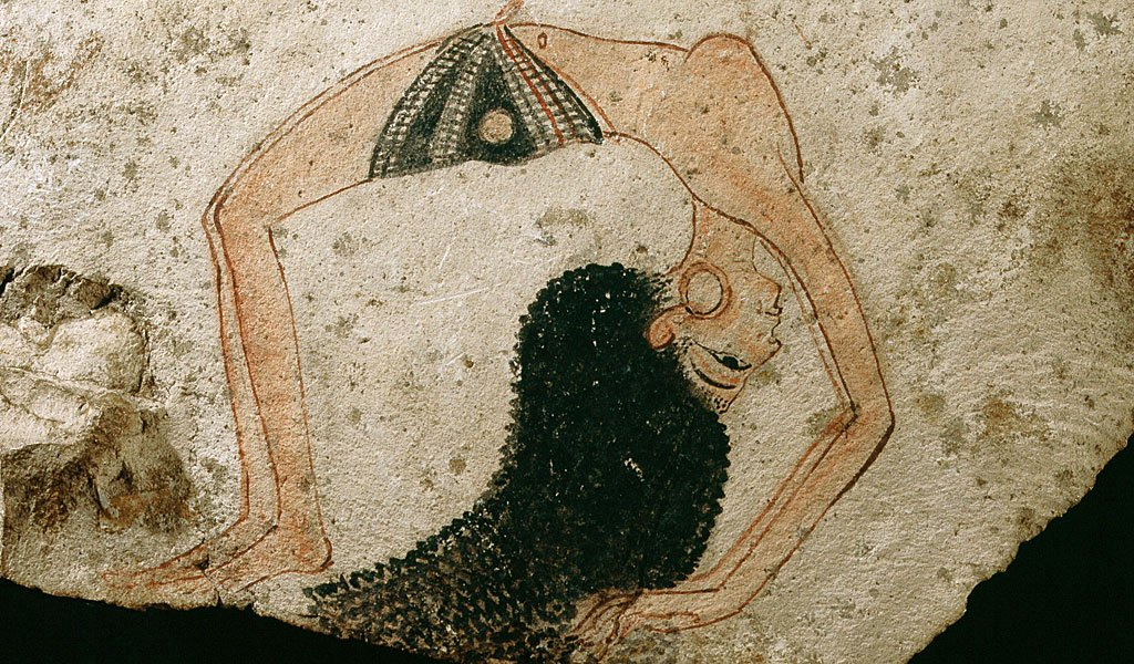 Una bailarina acrobática en una elegante pose en una ostraca, fragmentos que los artistas los usaban para hacer bocetos o grafitis. Egipto, la XVIII dinastía del Antiguo Egipto, c 1280 a.C.