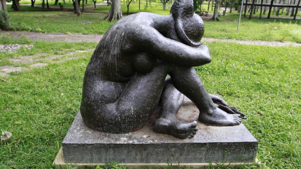 El monumento a los caídos, la escultura de Ernest Maragall