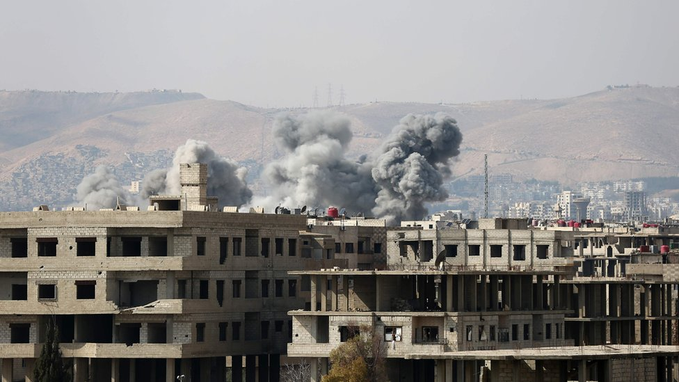 Syria war: Air strikes resume hours after UN approves ceasefire