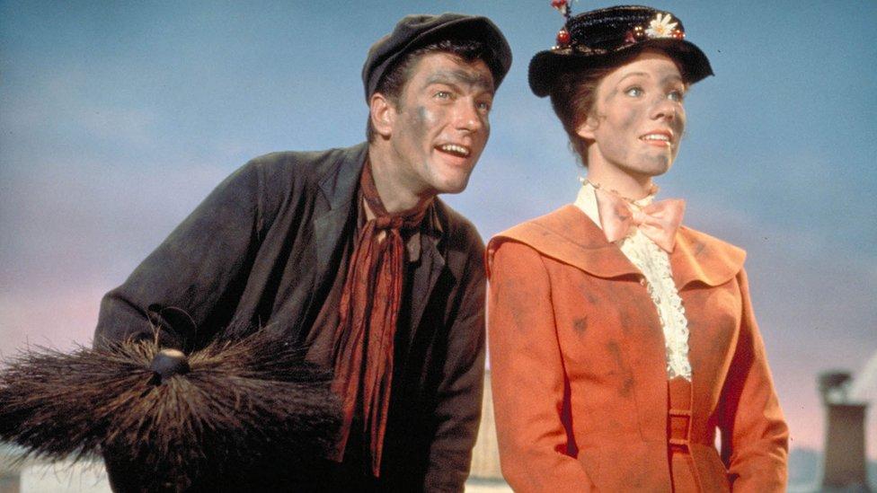 Dick van Dyke and Julie Andrews still from original Mary Poppins film