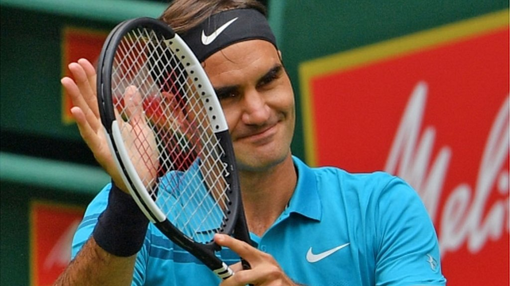 Roger Federer extends unbeaten run with Halle Open win over Aljaz Bedene