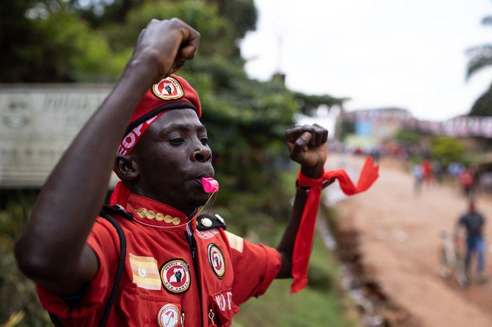 Сторонник Bobi Wine