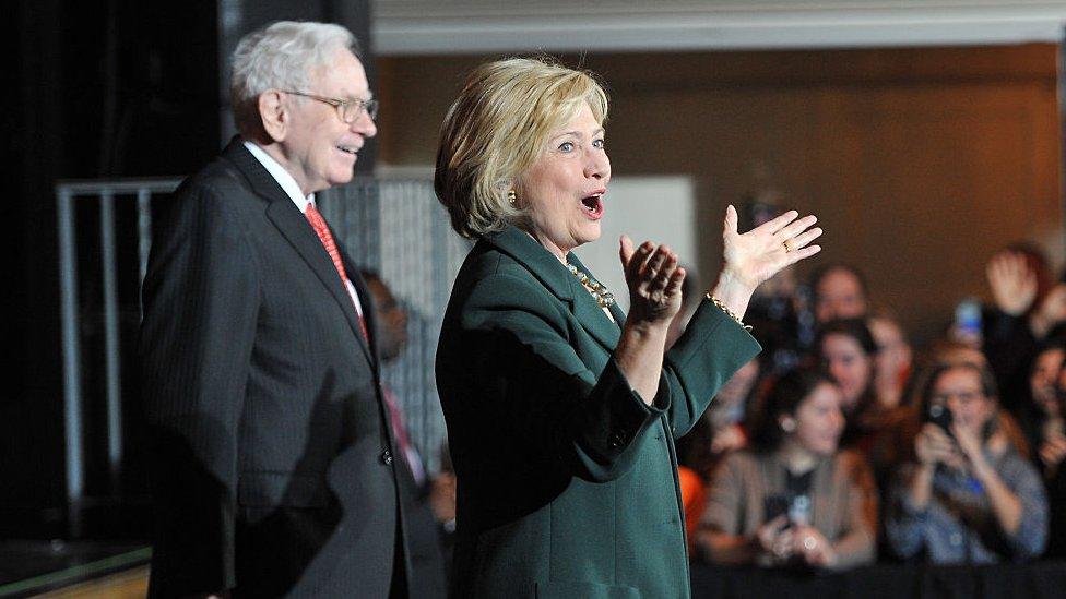 Buffet y Hillary Clinton