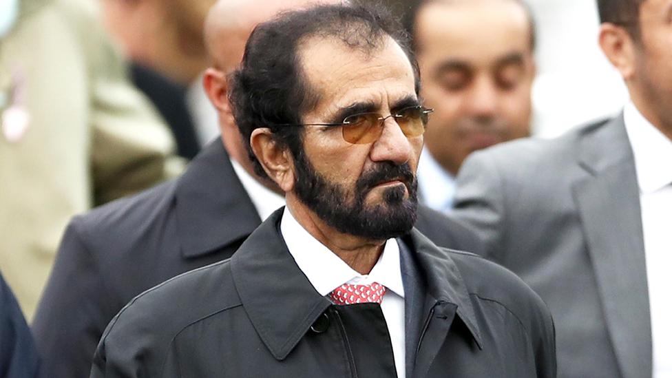 يمتلك الشيخ محمد بن راشد مؤسسة كبيرة لسباقات الخيل