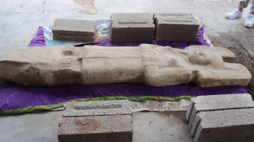 """La escultura de la """"joven de Amajac"""""""