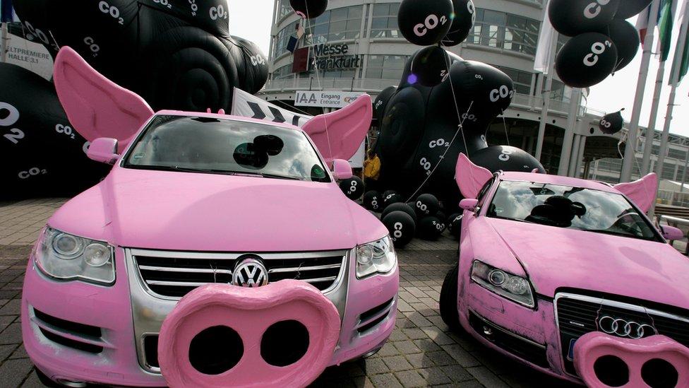 """""""Гринпис"""" устраивал протесты против Volkswagen еще 10 лет назад"""