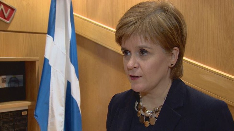 Brexit: Nicola Sturgeon says another EU referendum 'only credible option'