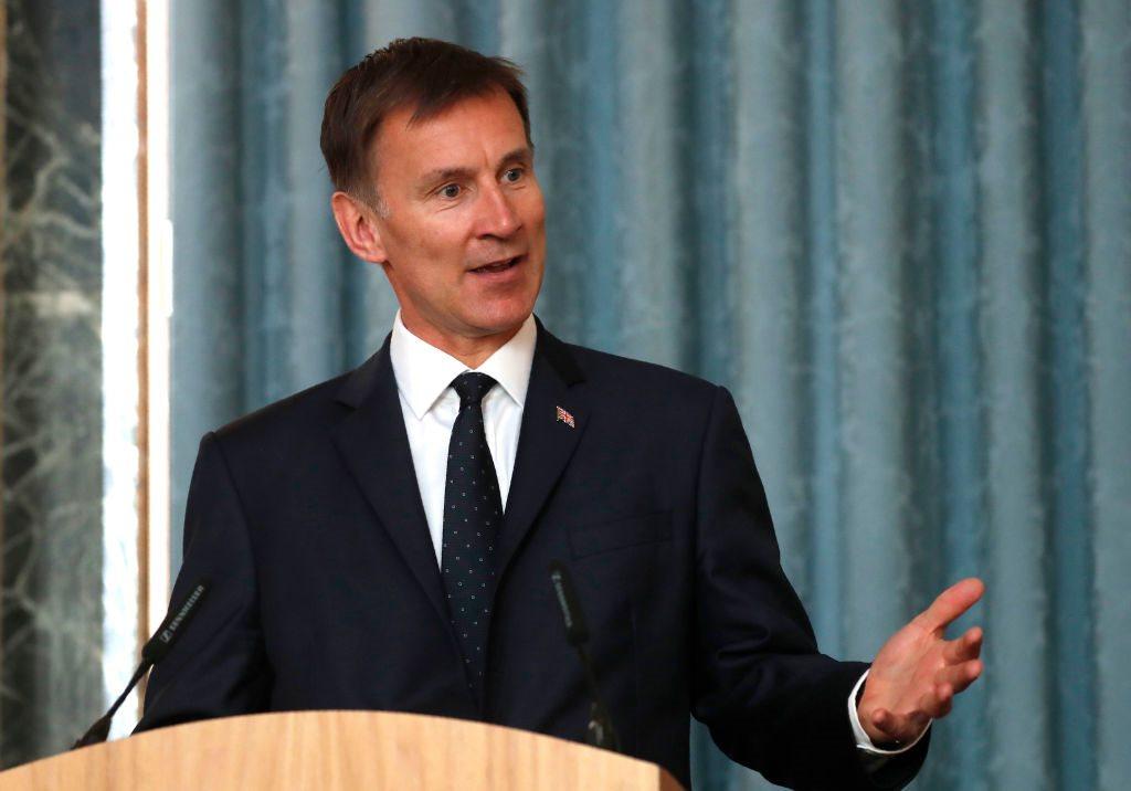 """وزير الخارجي البريطاني جيريمي هنت """"آراء السفراء لا تعكس وجهة نظر الحكومة"""""""