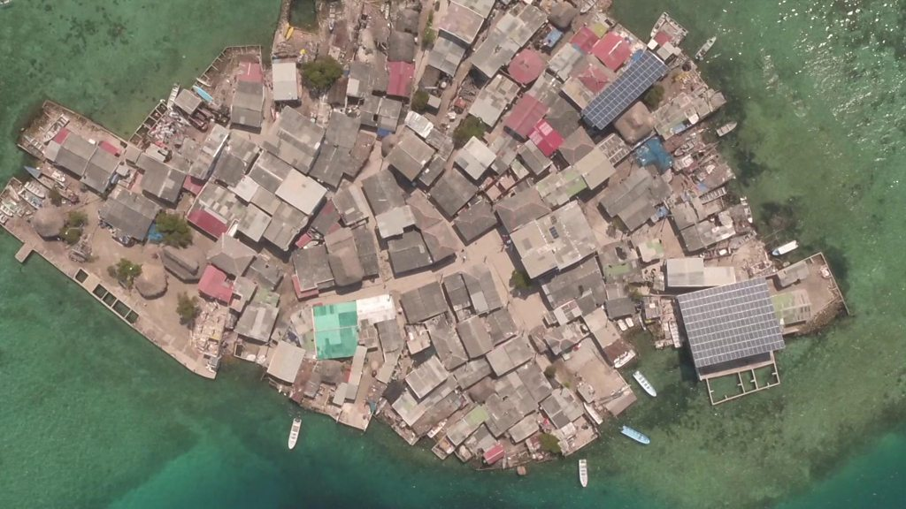 Santa Cruz del Islote: World's most densely packed island
