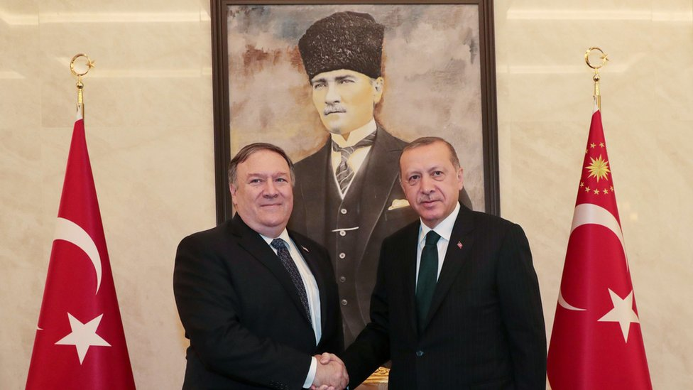 Jamal Khashoggi: Pompeo meets Erdogan over missing writer