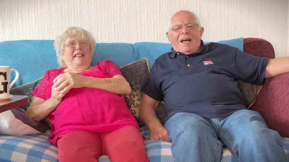 Couple aged 80 'oldest couple at Hucknall church to marry'