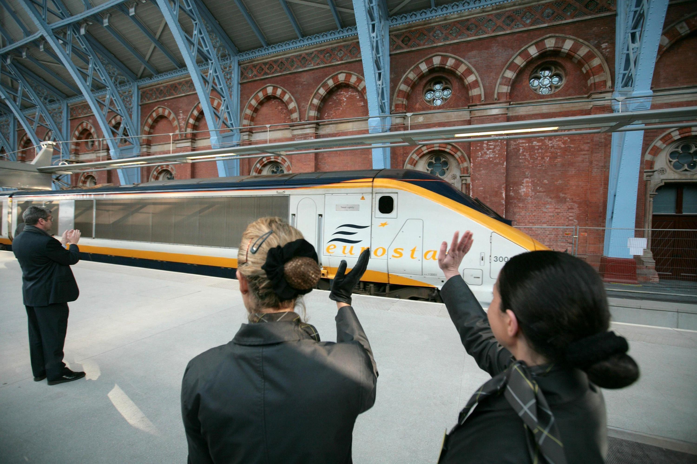 2007年11月14日,倫敦到巴黎的歐洲之星列車從聖潘克拉斯站始發。