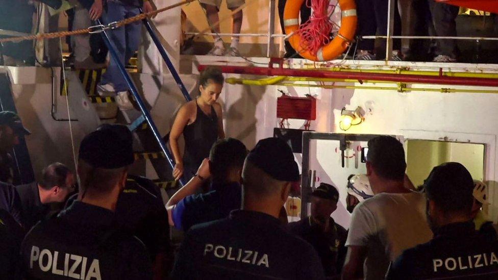 Sea Watch gemisinin kaptanı Carola Rackete, ev hapsine kondu