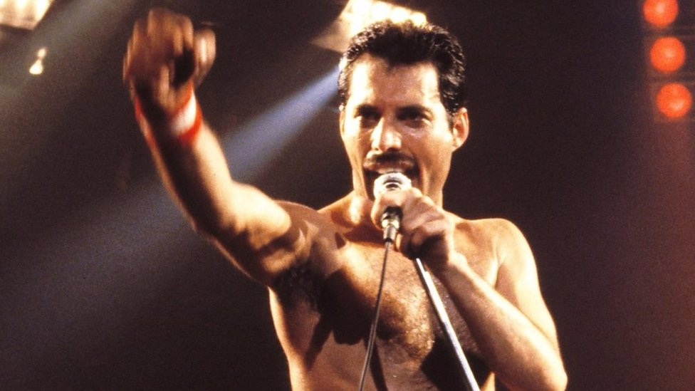 BBC News - Bohemian Rhapsody singer Freddie Mercury's roots on Zanzibar
