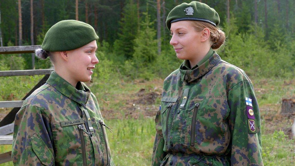 Women at the Huovinrinne garrison in western Finland