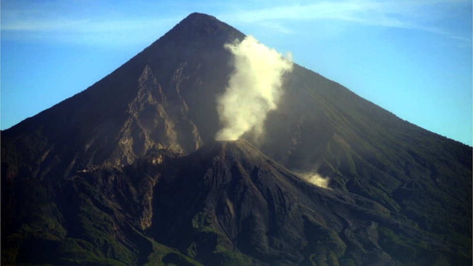 El volcán Santiaguito de Guatemala en 2013..