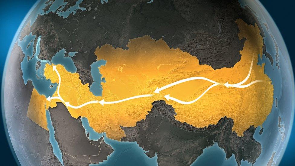 Há quem acredite que a origem do hawala remonta à Rota da Seda