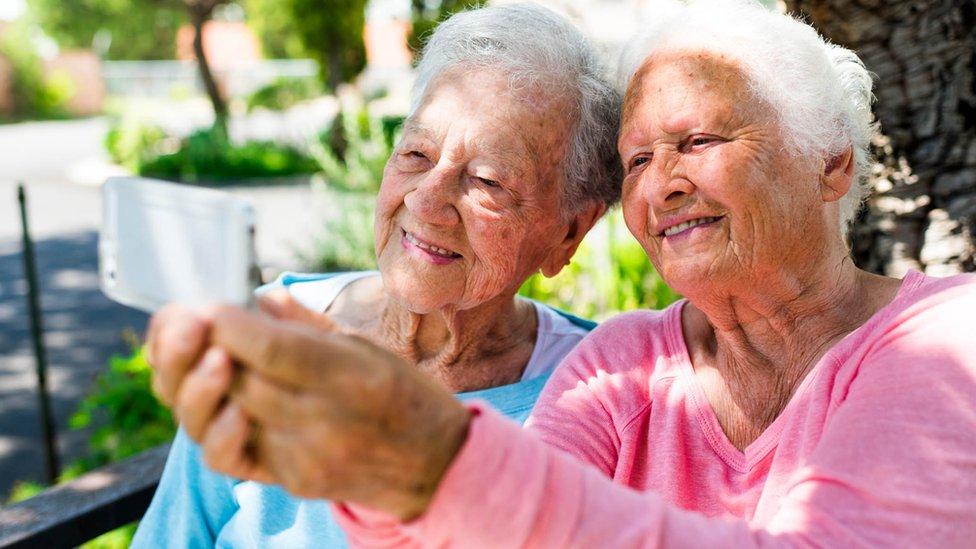 mujeres viejas