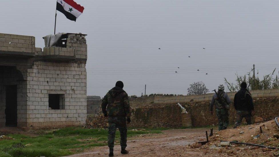 أرسل الجيش السوري ما يقرب 300 عنصرا من الجيش السوري إلى بلدة العريمة جنوب منبج في 30 ديسمبر/كانون الأول 2018