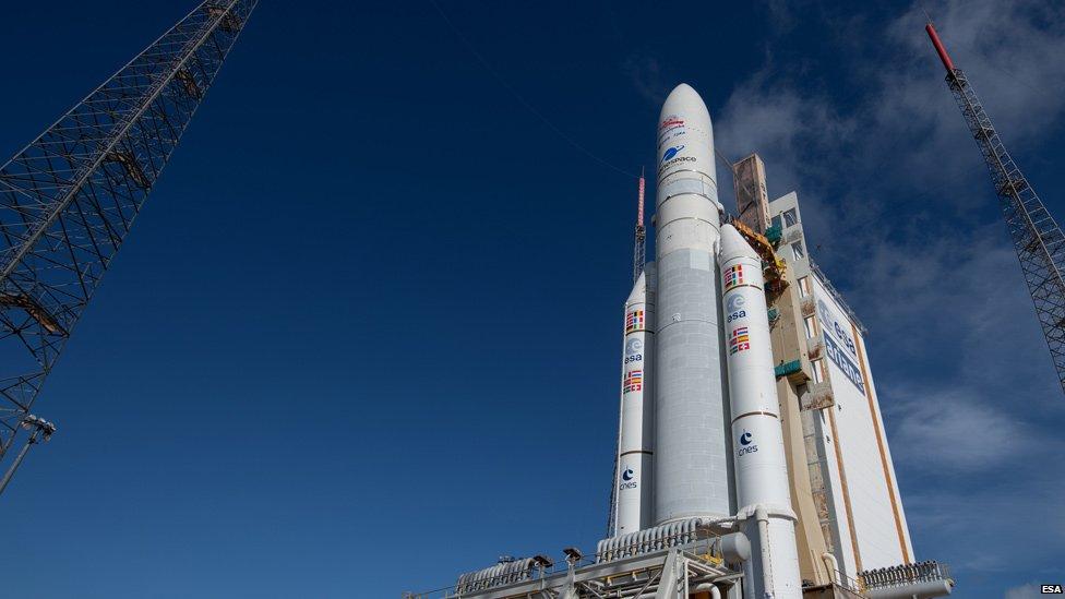 El puerto espacial de Kourou tiene torres de lanzamiento de tres tipos de cohetes: Ariane 5, Soyuz y Vega.