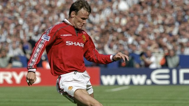 Manchester United's Teddy Sheringham against Newcastle United in the 1999 FA Cup final