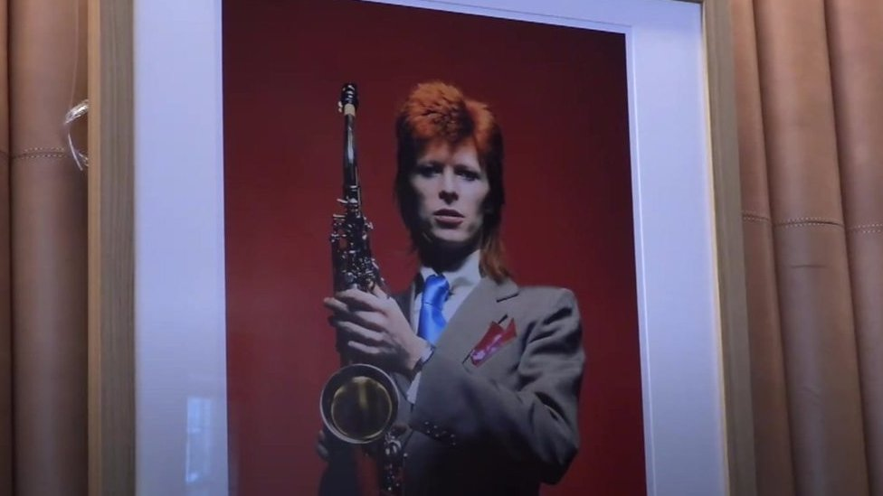 Bowie-inspired bar marks Ziggy Stardust's 'last supper'