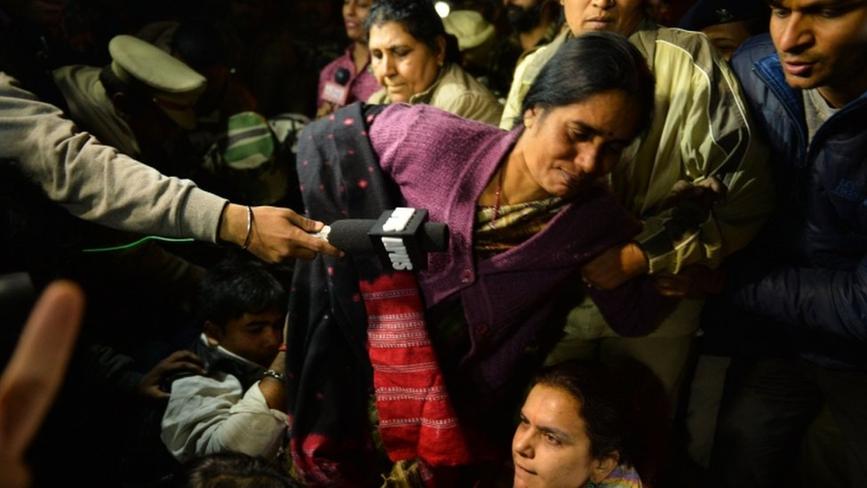 Asha Singh detained at a protest, 20 Dec
