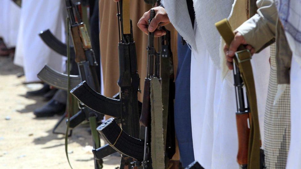 Jemen: Pobunjenici muče zatvorenike, kažu iz Hjuman rajts voča