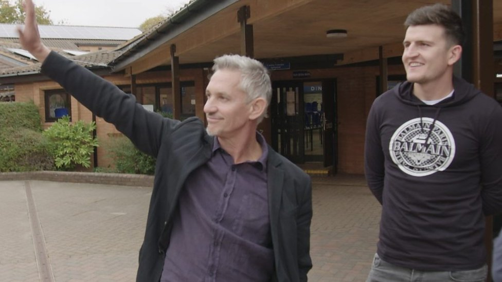 Premier League Show: Gary Lineker steals Harry Maguire's spotlight at school