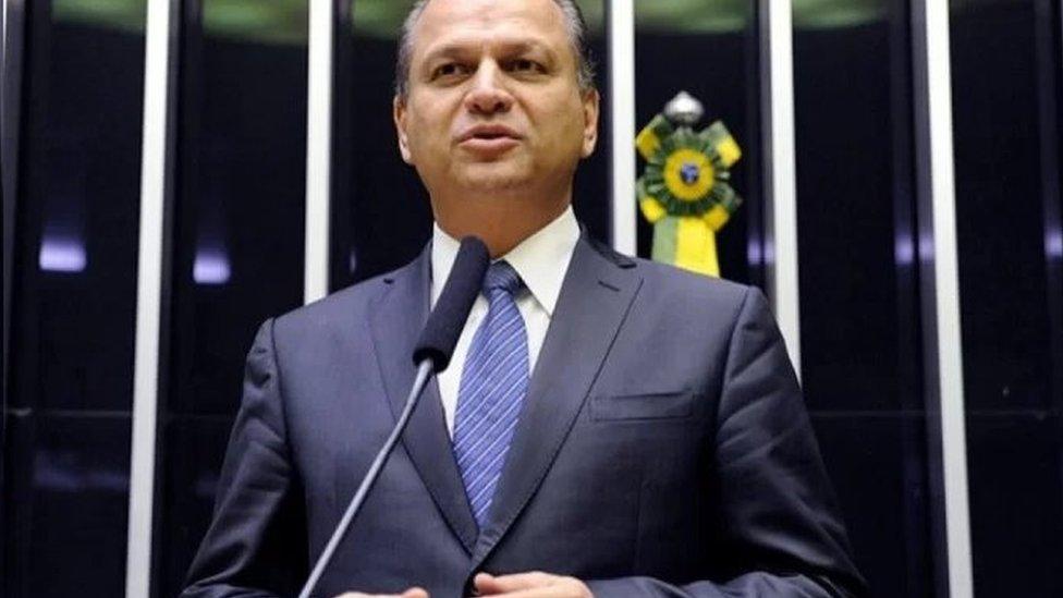 Ricardo Barros discursa