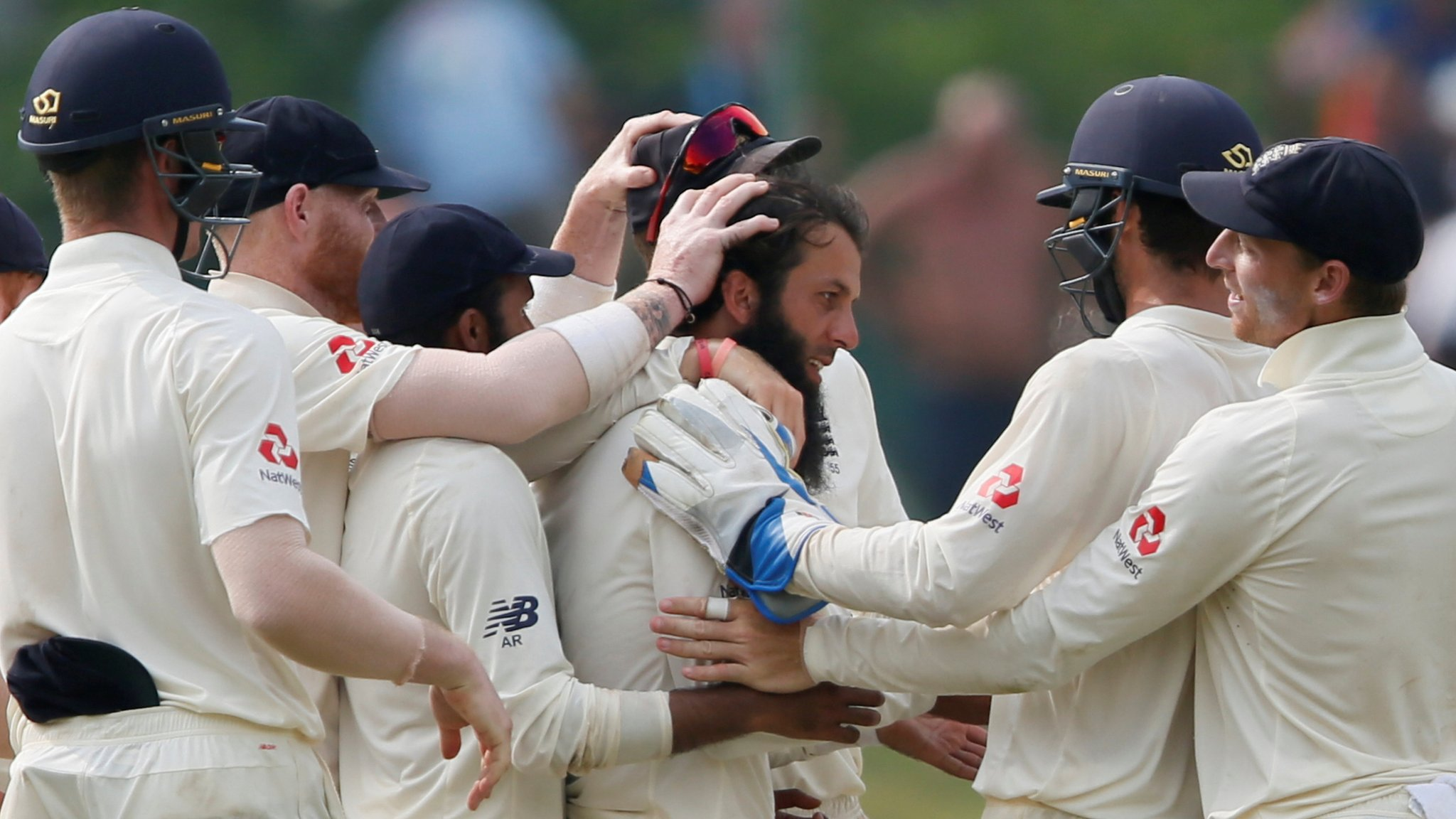 Sri Lanka v England: Tourists close in on series win before rain ends day four early