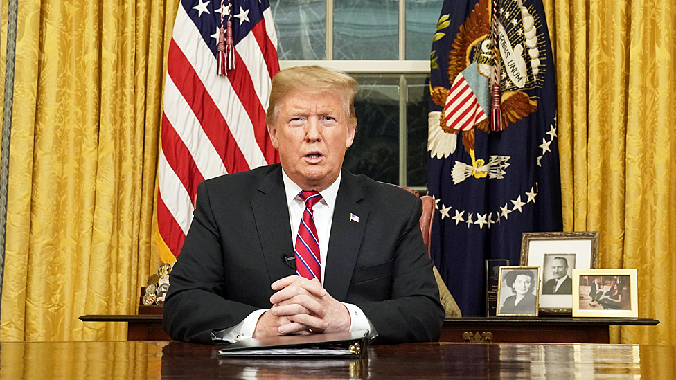 Donald Trump in the Oval Office at the White House - 8 Jan 2019