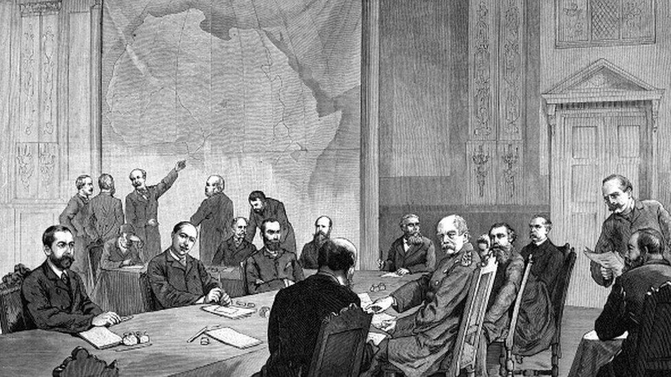 歐洲14國在柏林開會協商如何瓜分非洲,之後不久非洲就開始流行牛瘟、饑荒。