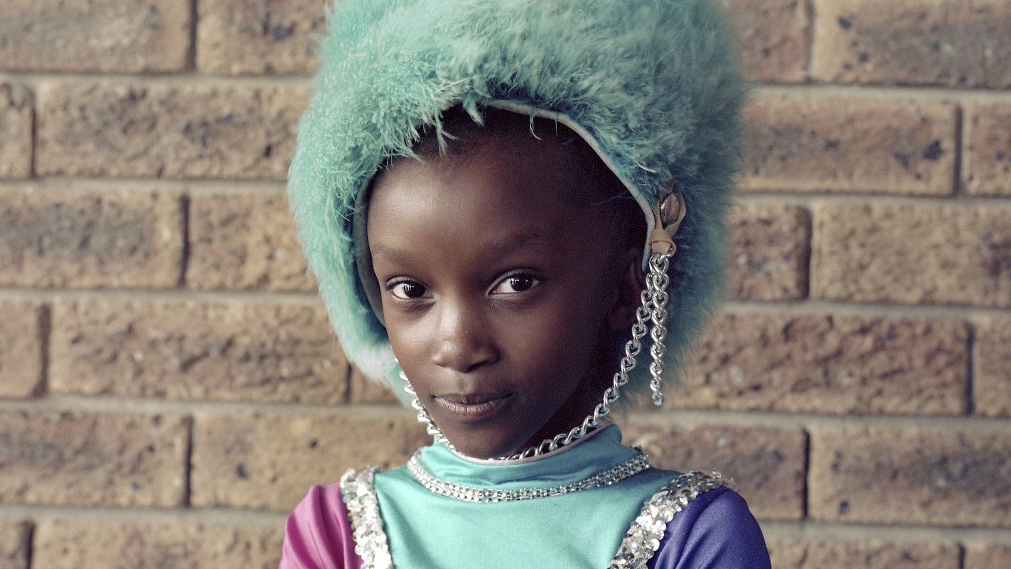 Taylor Wessing Prize: Alice Mann wins with portraits of drum majorettes