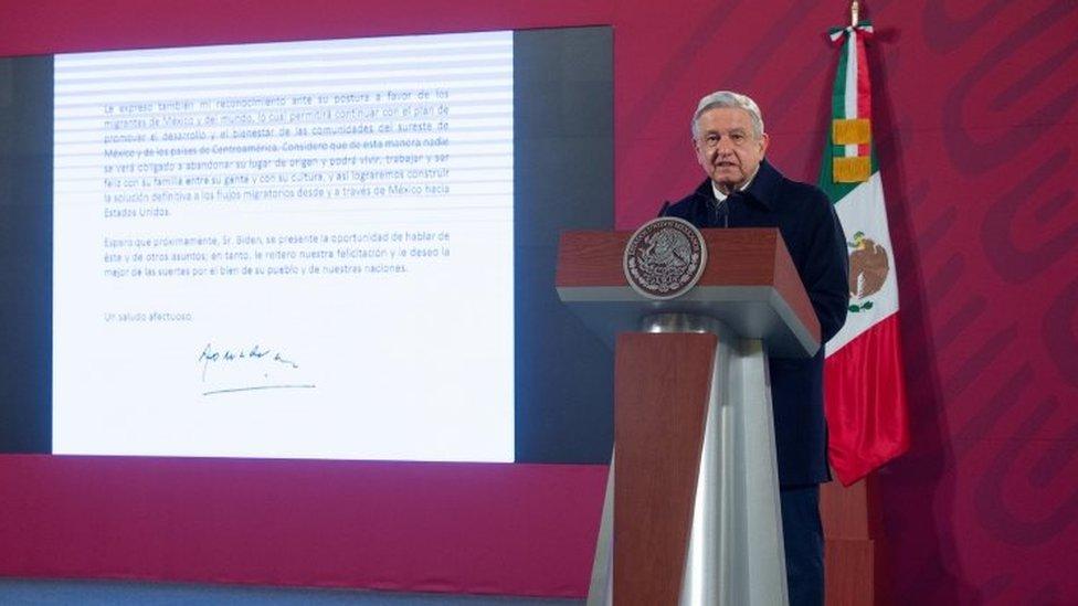 López Obrador en una rueda de prensa
