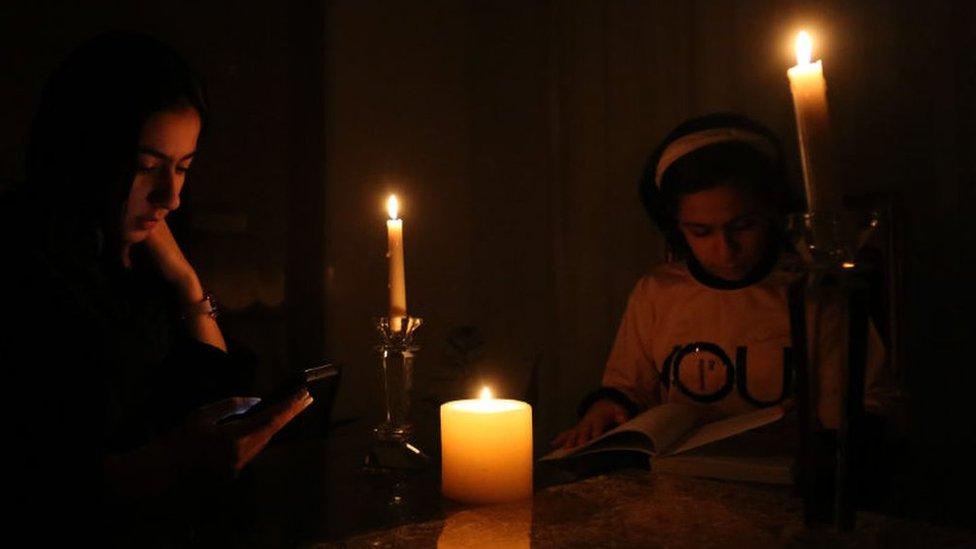 أزمة المياه تسببت في انقطاع التيار الكهربائي في إيران