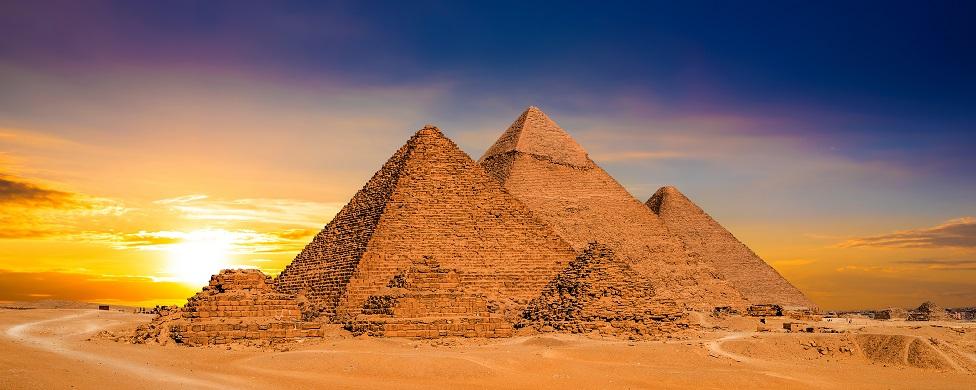 Las pirámides de Giza en Egipto.