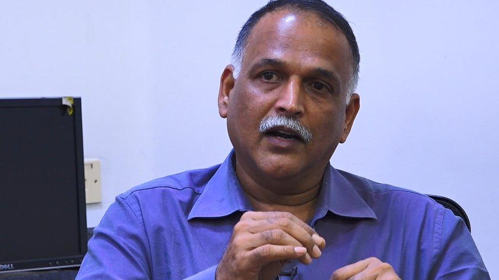 நடிகர் ரஜினிகாந்துக்கு அரசியல் குறித்த புரிதல் இல்லை