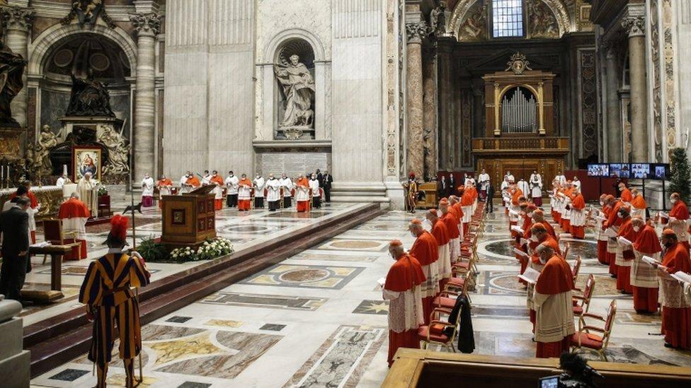 مجلس في الفاتيكان حيث عيّن البابا الكرادلة الجدد