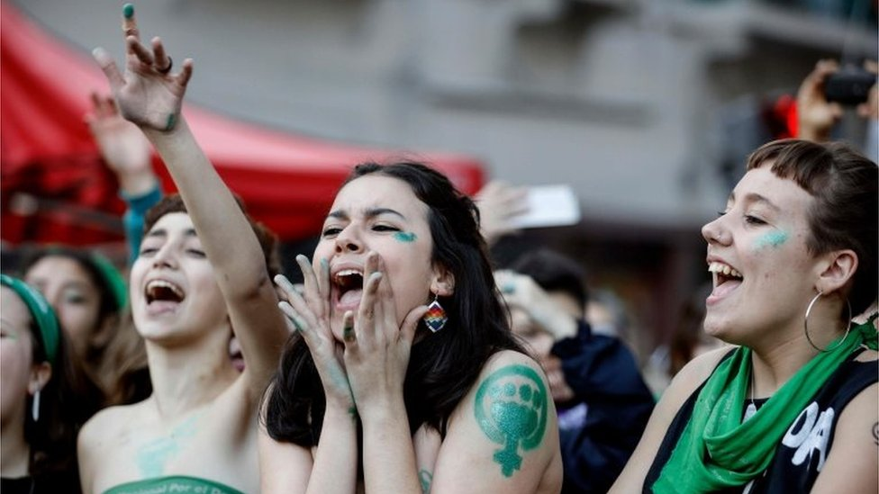Activists with green handkerchiefs, which symbolizes the abortion rights movement, demonstrate to mark the revival of their campaign to legalize abortion, in front of the National Congress in Buenos Aires, on May 28, 2019.