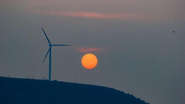 Torre de energía eólica