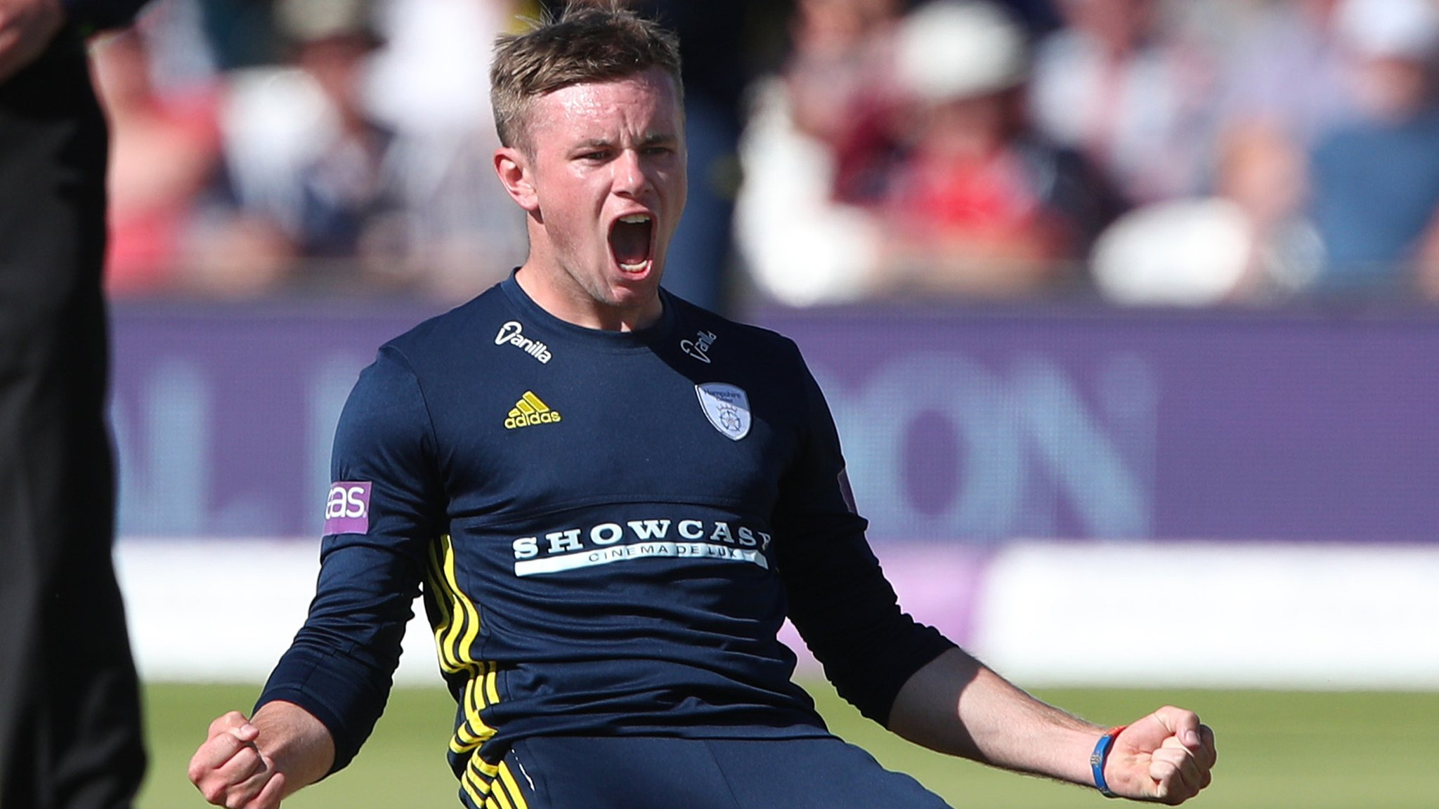 Hampshire: Mason Crane & Ian Holland extend deals at county