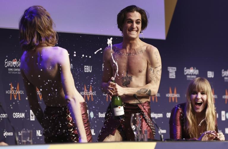 Eurovision'da kokain iddiası: İtalyan solistin uyuşturucu testi negatif çıktı
