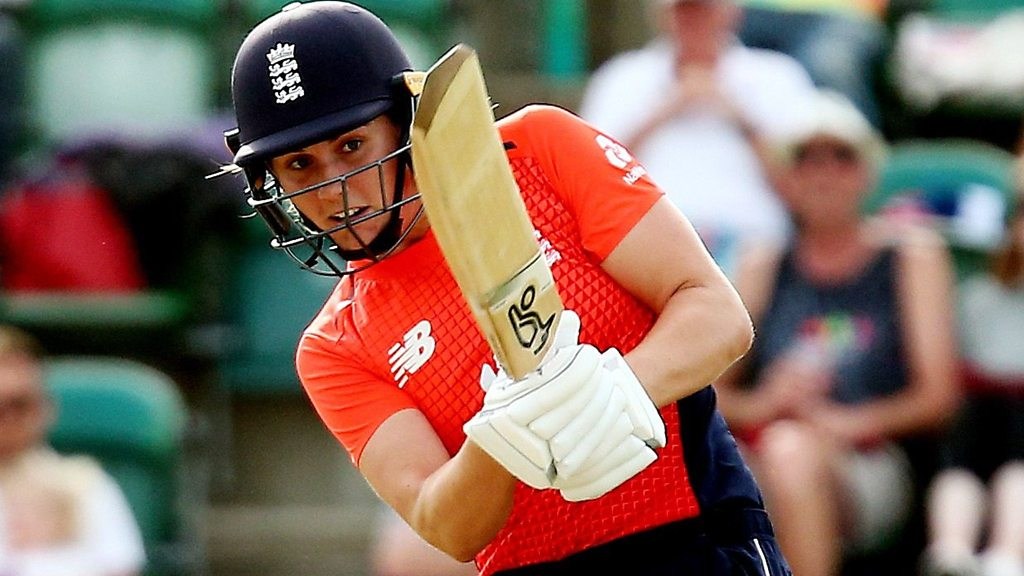 England v New Zealand: Natalie Sciver's 59 helps hosts bounce back