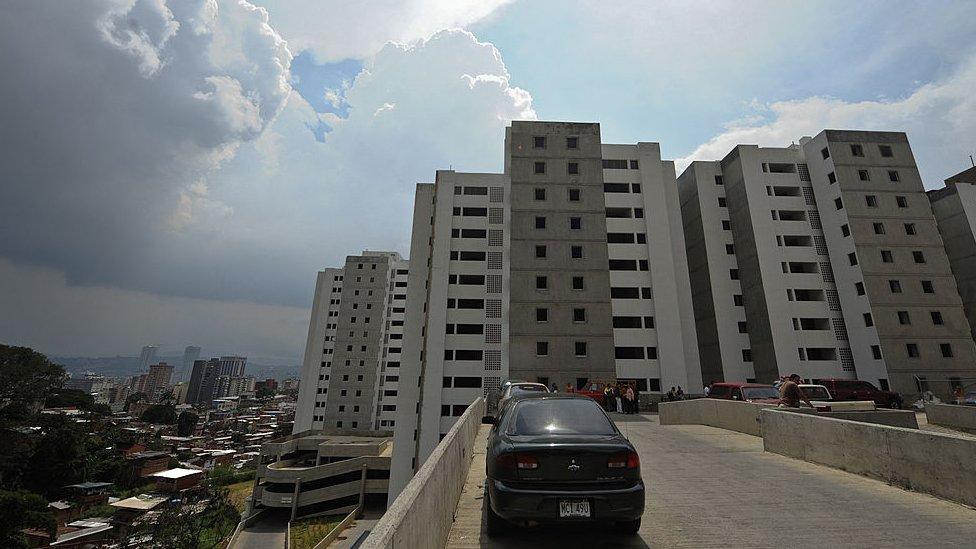 Edificios de viviendas en Venezuela.