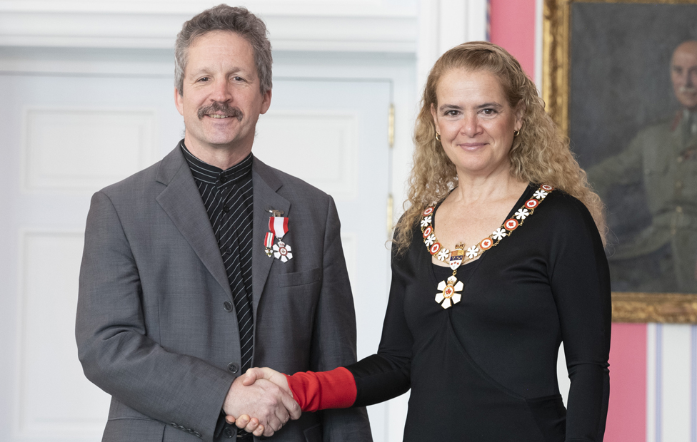 Jim Estill receiving the Order of Canada from the Governor General Julie Payette