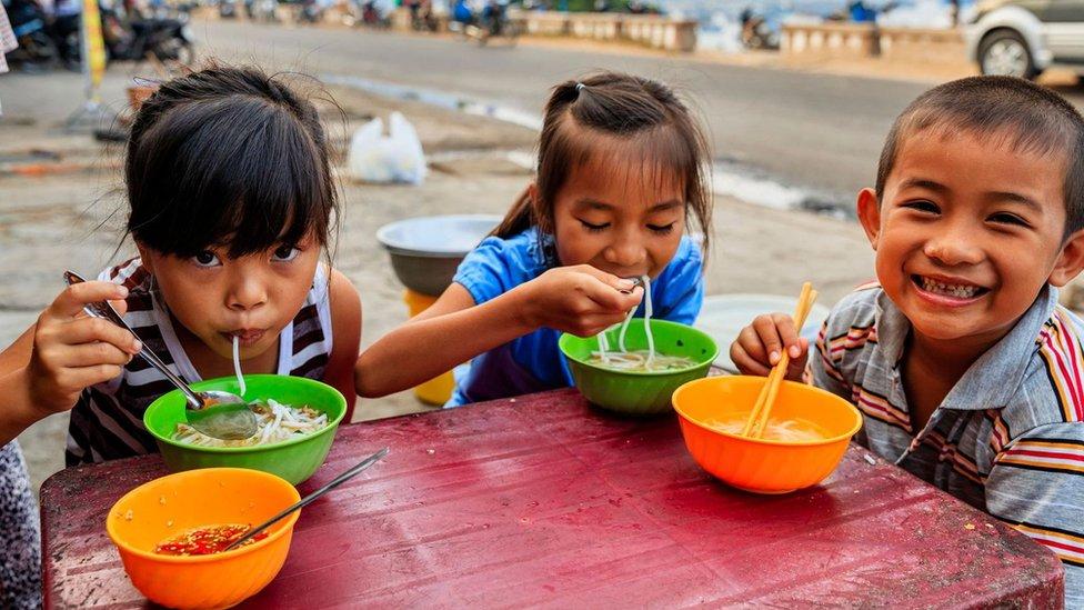 Hranljiv i aromatičan, fo je osnovno jelo i omiljena hrana za utehu širom Vijetnama
