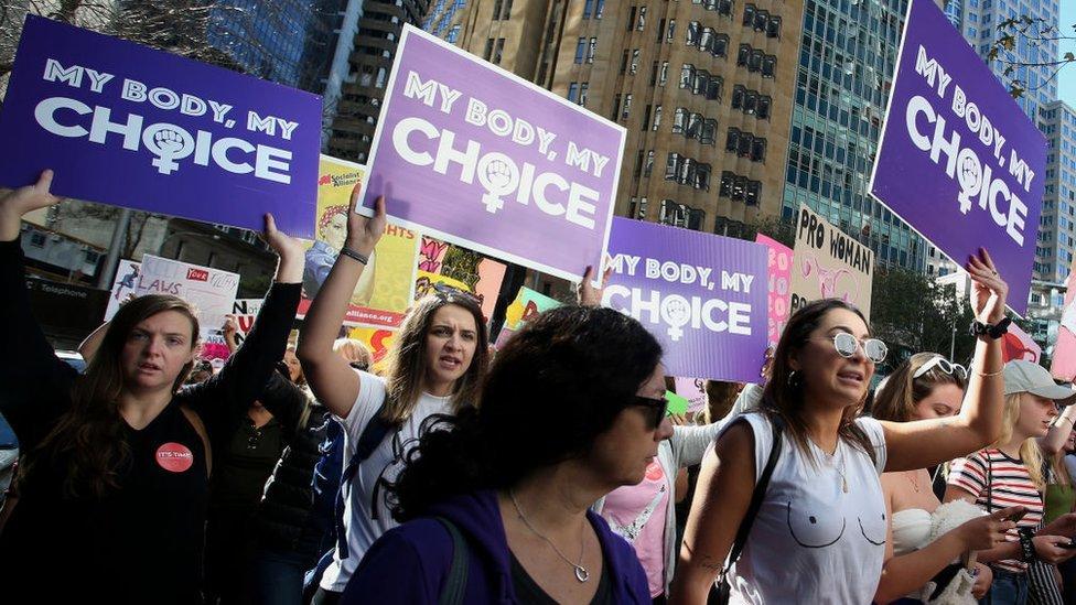 Protesta de mujeres por el derecho al aborto en Australia.