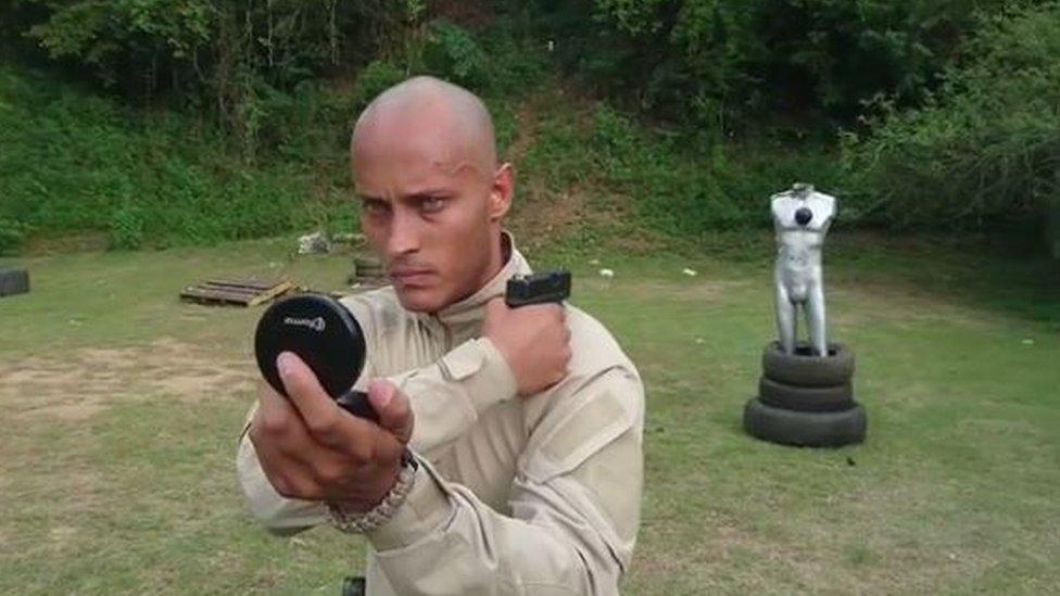 Pérez practices target-shooting tricks on Instagram